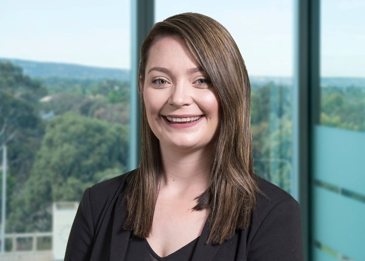 Lucy Knowles, Finance Broker
